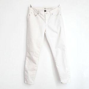 🌧3/$25 GAP White Skinny Legging Skimmer Jeans